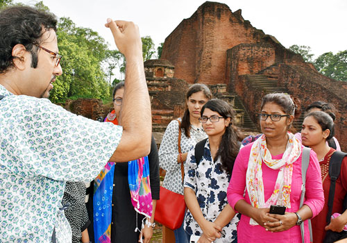 Faculty and students on tour to Ancient Nalanda Mahavihara